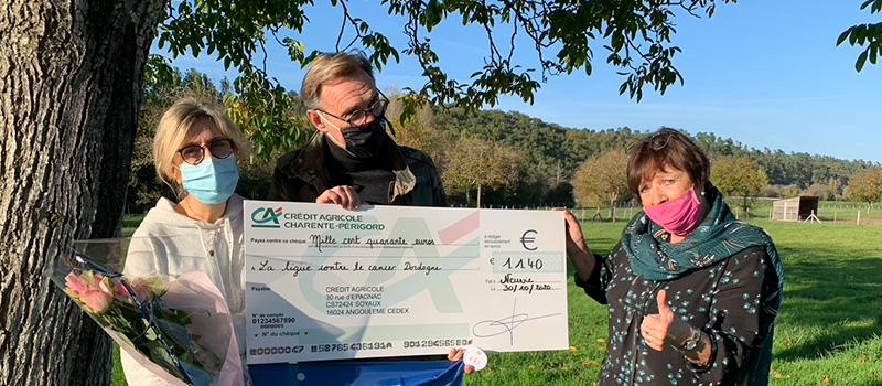 Un chèque de 1140€ reversé à la lutte contre le Cancer